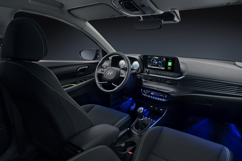 Hyundai i20 laat interieur zien
