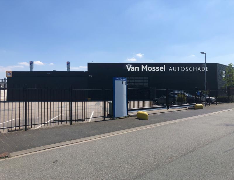 Uitbreiding Van Mossel Autoschade Groep in Den Haag